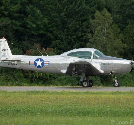 Un L-17 Navion
